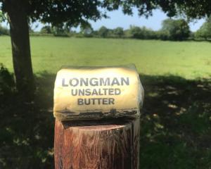 Longmans Unsalted Roll Butter 250g