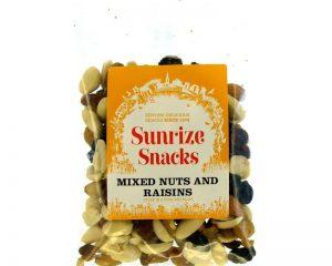 Mixed Nuts and Raisins 140g